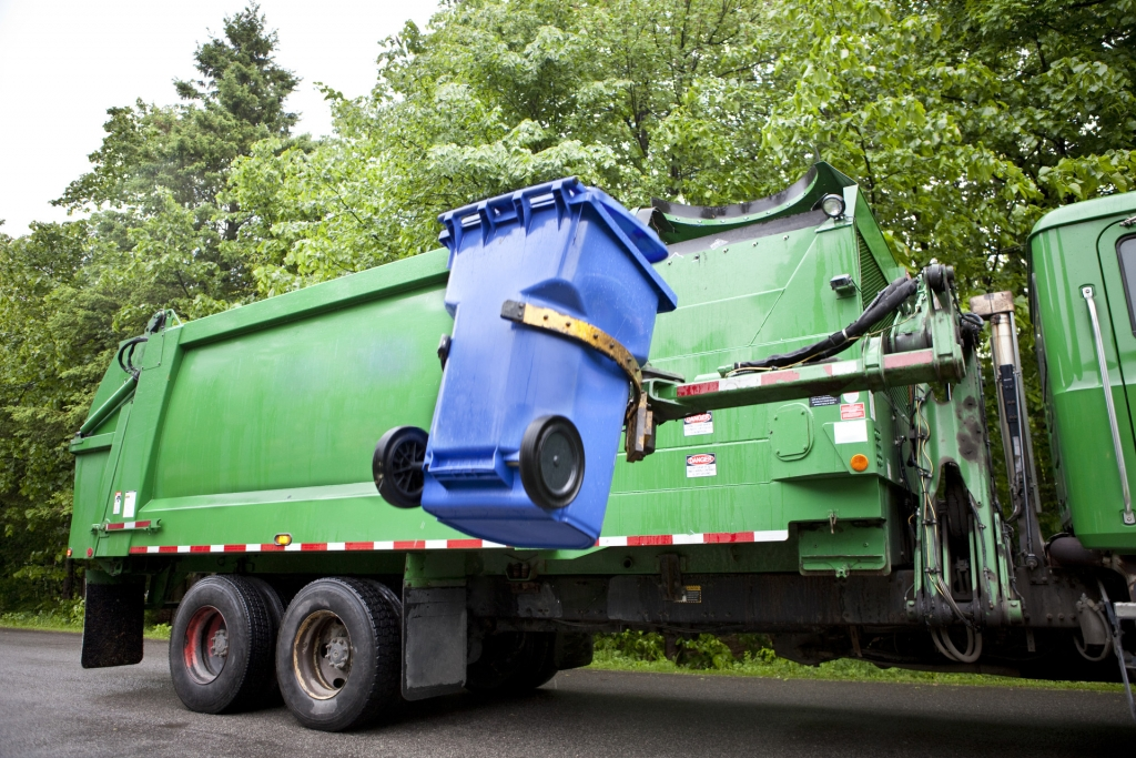 recycling bin into dump truck